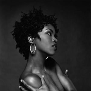 Ο καταναλωτισμός της Lauryn Hill μετά τη φυλακή και η μπουρζουαζία του Prince