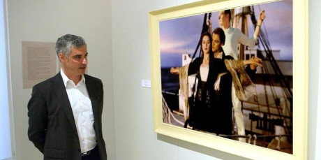 Σας ρωτήσαμε τί κοιτάει ο Άρης Σπηλιωτόπουλος κι εσείς απαντήσατε