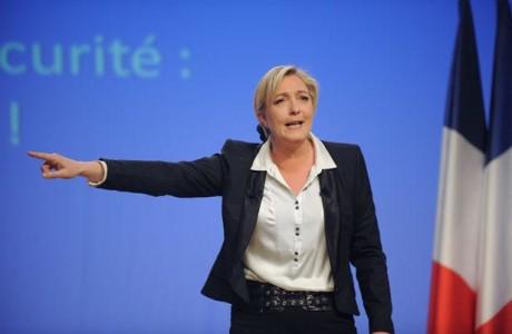 Ούτε μια περιφέρεια δεν έβγαλε η Λεπέν στον Β' γύρο περιφερειακών εκλογών στη Γαλλία