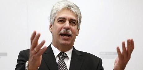 Ο ΣΥΡΙΖΑ εφαρμόζει το μνημόνιο καλύτερα απ' όλους δήλωσε ο ΥΠ.ΟΙΚ της Αυστρίας
