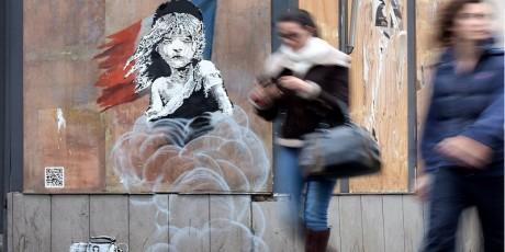 Ο νέος Banksy είναι ένα στενσιλ για τους πρόσφυγες στο Calais (PHOTO)