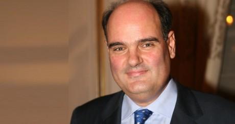 Προφανώς ο Θόδωρος Φορτσάκης συμφωνεί στην πρόταση του Τριανταφυλλίδη για δίδακτρα στα σχολεία
