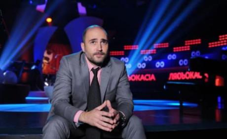 ΕΚΤΑΚΤΟ: Κόβεται η βραδυνή εκπομπή του Μπογδάνου λόγω χαμηλής τηλεθέασης