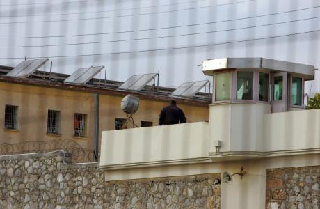 Όταν ακόμη και οι δεσμοφύλακες λένε ότι οι συνθήκες κράτησης στην Ελλάδα είναι απαράδεκτες
