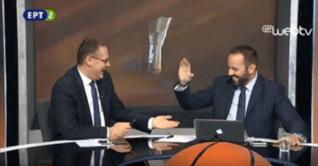 Ο Βαγγέλης Ιωάννου και το κρου του διδάσκουν αγγλική μπασκετική ορολογία on air (VIDEO)