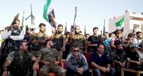 Στη Συρία ένοπλες ομάδες που εξόπλισε η CIA πολεμούν άλλες ομάδες που εξοπλίστηκαν από το Πεντάγωνο