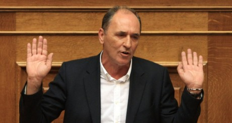 Αθώος ο Σταθάκης για το χαμένο εκατομμύριο του 2011 από την Επιτροπή πόθεν Έσχες της Βουλής