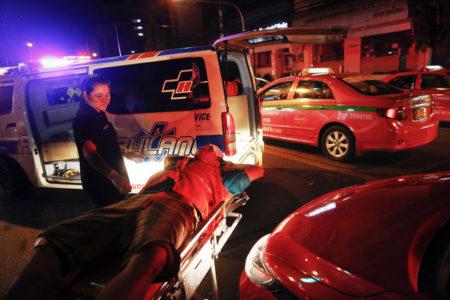 Σε κοινωνική εργασία σε νεκροτομεία θα στέλνουν όσους πίνουν και οδηγούν στην Ταϋλάνδη