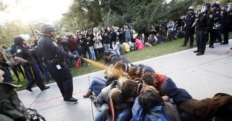 Πανεπιστήμιο στην California πλήρωσε 175.000$ για να θάψει βίντεο αστυνομικής βίας