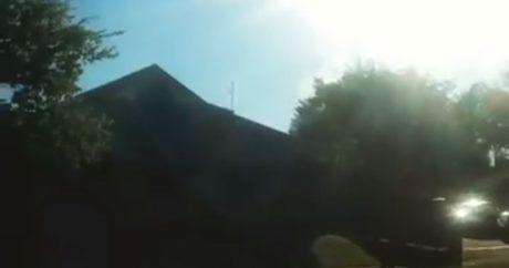 Την άκουσε ο κόσμος που ψώνιζε όταν η αστυνομία έκαψε μια στοίβα χόρτο δίπλα σε σουπερμάρκετ (VIDEO)