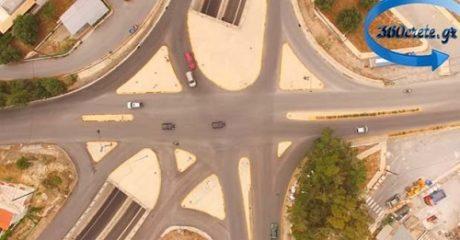 Η κίνηση σε αυτόν τον κόμβο στην Κρήτη δείχνει γιατί σπάμε τα ρεκόρ στα ατυχήματα (VIDEO)