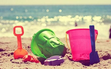 5 απαραίτητα αξεσουάρ που θα απογειώσουν  τα μπάνια σου αυτό το καλοκαίρι