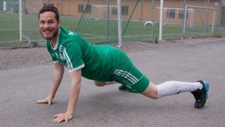 Ποδοσφαιριστής στη Σουηδία έφαγε κίτρινη κάρτα επειδή την αμόλησε κατα τη διάρκεια αγώνα