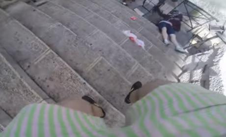 Ρώσος χουλιγκάνος μαγνητοσκοπεί με GoPro το ρωσικό πέσιμο σε Άγγλους οπαδούς (VIDEO)
