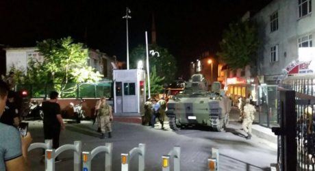 O Τούρκος πρωθυπουργός ανακοίνωσε πως είναι σε εξέλιξη απόπειρα για στρατιωτικό πραξικόπημα