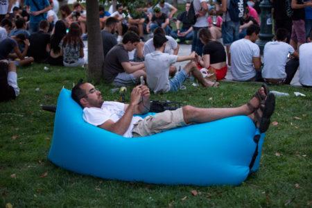 Ψάξαμε κι εμείς για Ποκεμον το Σάββατο στο κέντρο της Αθήνας (και βαρεθήκαμε τη ζωή μας) [PHOTOS]