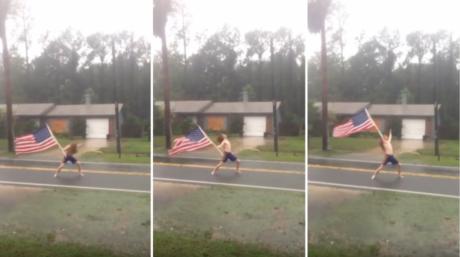 Τολμηρός fan των Slayer αψηφά τυφώνα κάνοντας headbanging γυμνός στη βροχή (VIDEO)
