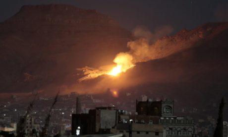 Εντωμεταξύ, οι ΗΠΑ άρχισαν να εμπλέκονται ενεργά και στον εμφύλιο της Υεμένης