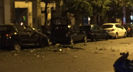 Ισχυρή εκρηξη σημειώθηκε πριν από λίγο στην Ιπποκράτους προκαλώντας υλικές ζημιές (PHOTO)