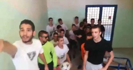Μαθητές στο Χολαργό αναπαριστούν επικά το κουνήμα του σεντονιού του Champions League (VIDEO)