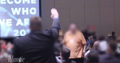 """Ναζιστικοί χαιρετισμοί και """"Χάηλ Τράμπ"""" σε συνέδριο Αμερικανών ακροδεξιών (VIDEO)"""