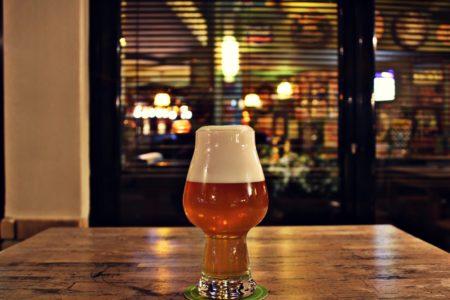 Η Menace των Satyr Brews είναι η καλύτερη ελληνική IPA μπύρα και δεν το λέμε επειδή είναι φίλοι μας
