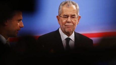 Ηττήθηκε ο ακροδεξιός υποψήφιος στις αυστριακές εκλογές, νέος Πρόεδρος της χώρας αναδείχτηκε ο Βαν ντερ Μπέλεν