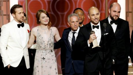 """Χρυσές Σφαίρες: Ρεκόρ βραβείων έσπασε το """"La La Land"""" αυξάνοντας τους φόβους ότι τα μιούζικαλ θα ξαναέρθουν στη μόδα"""