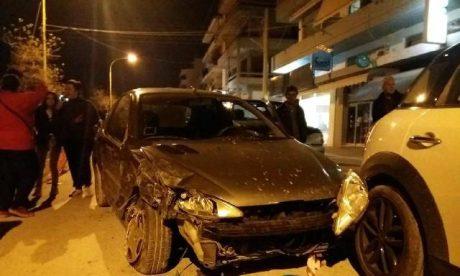 GTA LOS KALAMATAS: 22χρονη έκλεψε αμάξι, πήρε παραμάζωμα άλλα 22 οχήματα και έριξε μπουνιά σε αστυνομικό (PHOTOS)
