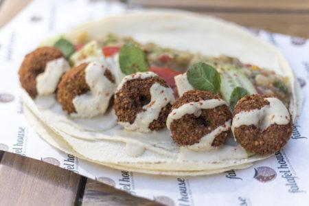 Falafel House: Ποιοτικό Street Food φτιαγμενο χωρίς κρέας αλλά με πολλή αγάπη