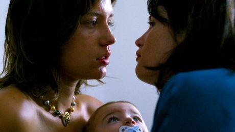 """Μια γυναίκα αγωνίζεται για τη ζωή και την απόλυτη ελευθερία """"σε τέσσερις χρόνους"""" στη νέα ταινία του Ντε Παγιέ - Κερδίστε προσκλήσεις"""