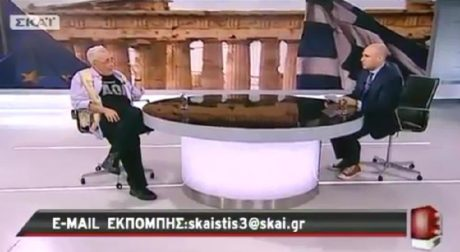 O Ζουράρις βγήκε στην εκπομπή του Μπογδάνου και άρχισε να απαγγέλνει συνθήματα του ΠΑΟΚ