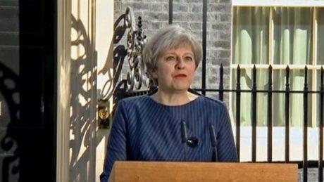Πρόωρες εκλογές στην Αγγλία στις 8 Ιουνίου