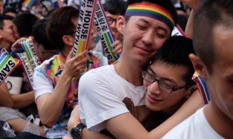 Η Ταϊβάν είναι η πρώτη χώρα στην Ασία που τάσσεται υπέρ των γάμων ομόφυλων ζευγαριών