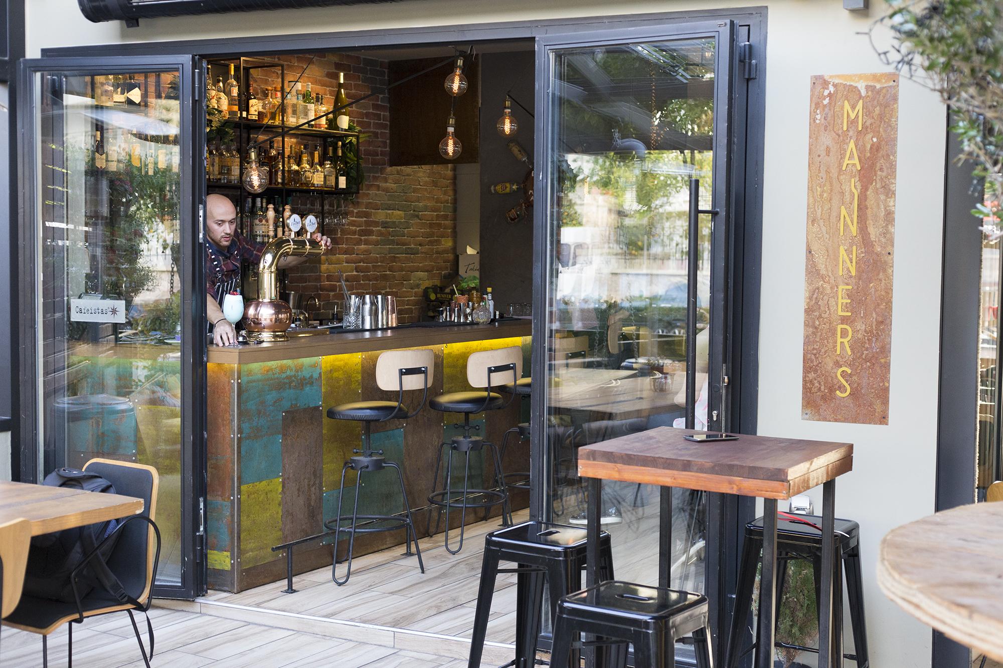 Manners: Tο all day cafe-bar που θα σε κάνει να επιστρέψεις ξανά και ξανά