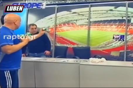 Ο Κώστας Ραπτόπουλος εκτόξευσε στην εκπομπή του μπύρες σε φωτογραφία του Βλάνταν Ίβιτς (VIDEO)