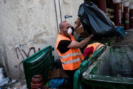 Αλλαγή της μορφής των κινητοποιήσεων απο την ΠΟΕ-ΟΤΑ, μαζεύονται από σήμερα τα σκουπίδια