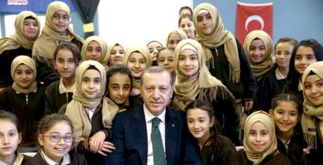 Στην Τουρκία θα σταματήσει να διδάσκεται η θεωρία της εξέλιξης των ειδών στην δευτεροβάθμια εκπαίδευση
