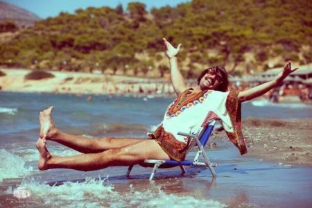Ο Tonis Sfinos έρχεται το Σάββατο 10 Ιουνίου στο Mythos Experience Hostel