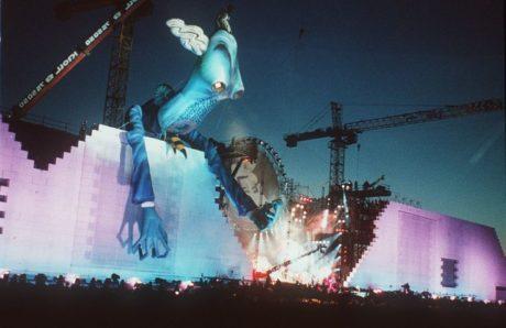 Σαν σήμερα έγινε η ιστορική συναυλία «Τhe Wall» του Roger Waters στο τείχος του Βερολίνου