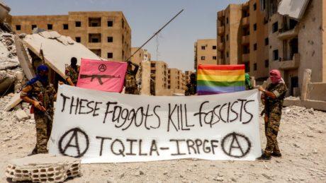 Ο LGBT στρατός που πολεμάει το ISIS είναι φοβερή φάση (αν υπάρχει όντως)