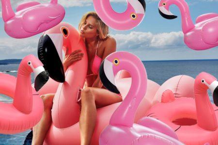 10 πράγματα που πρέπει οπωσδήποτε να πάρεις μαζί σου στην παραλία φέτος το καλοκαίρι