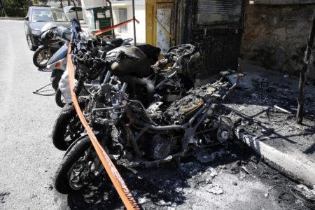 Επίθεση με μολότοφ κατά του Αστυνομικού Τμήματος Ζωγράφου τα ξημερώματα