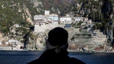 Δεκτή έγινε από την κυβέρνηση τροπολογία για φορολογικές απαλλαγές στο Άγιο Όρος