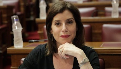 Σε άπταιστα λιμανέζικα σχολίασε τις γερμανικές εκλογές η βουλευτής της ΝΔ Άννα-Μισέλ Ασημακοπούλου