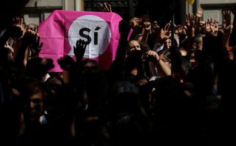 Όλα πάνε καλά με το δημοψήφισμα στην Καταλονία, όπως συνήθως συμβαίνει με τα δημοψηφίσματα