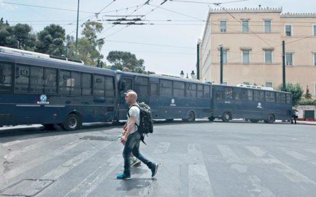 Η Ελληνική Αστυνομία θα αντικαταστήσει τις παλιές καλές κλούβες με καινούρια μοδάτα λεωφορεία