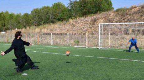 Παπαγκολτζής έκανε αγιασμό με πέναλτι σε ομάδα στο Ναύπλιο