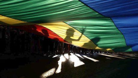 Πέντε άκρως επιστημονικές τοποθετήσεις βουλευτών για τη νομική αναγνώριση ταυτότητας φύλου