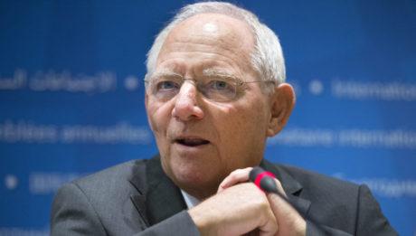 Δακρύσαμε από συγκίνηση με το «αντίο» των εργαζομένων του γερμανικού Υπουργείου Οικονομικών στον Σόιμπλε